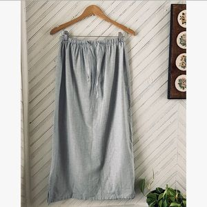 Sea-foam Grey Textured Skirt